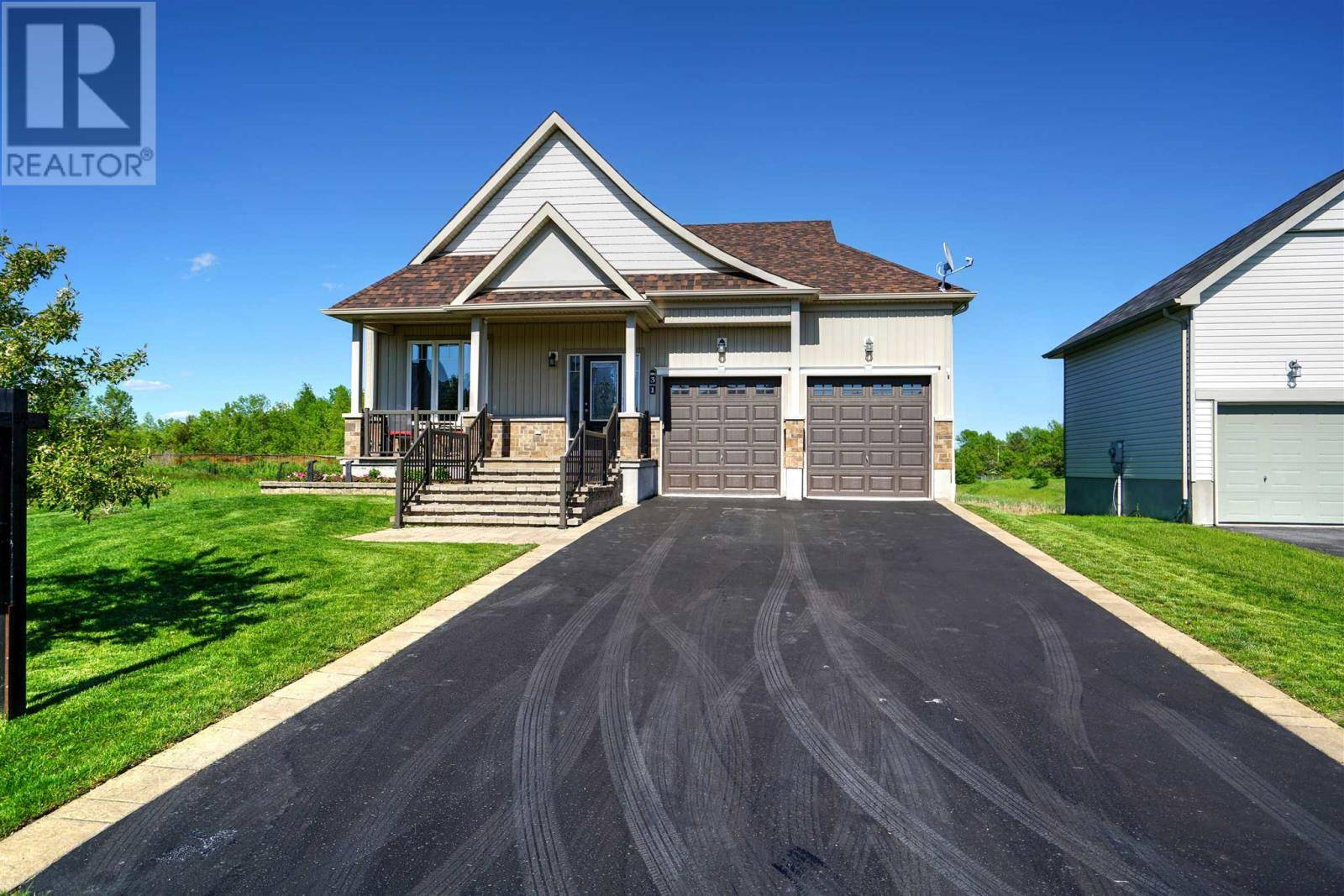House for sale at 31 Country Club Dr Bath Ontario - MLS: K19002392