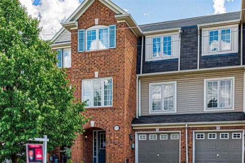 Townhouse for sale at 31 Decker Hollow Circ Brampton Ontario - MLS: W4853636