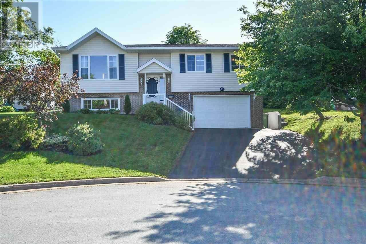 House for sale at 31 Deganis Dr Cole Harbour Nova Scotia - MLS: 202012032
