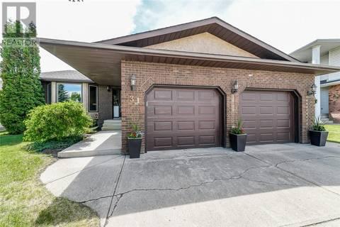 House for sale at 31 Dickenson Cs Red Deer Alberta - MLS: ca0169037