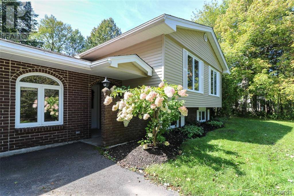 House for sale at 31 Highland Ave Rothesay New Brunswick - MLS: NB038978