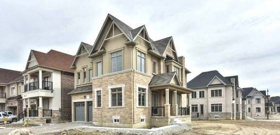 House for sale at 31 John Carroll Dr Brampton Ontario - MLS: W4387396