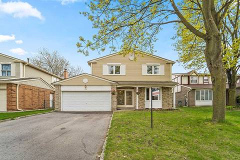 House for sale at 31 Longbow Sq Toronto Ontario - MLS: E4453657