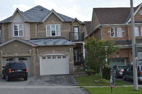 Townhouse for rent at 31 Old Colony Rd Richmond Hill Ontario - MLS: N4671268