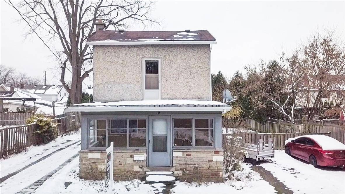 Townhouse for sale at 31 Peel St S Dundas Ontario - MLS: H4067823