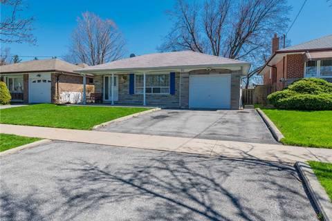House for sale at 31 Sedgemount Dr Toronto Ontario - MLS: E4440536