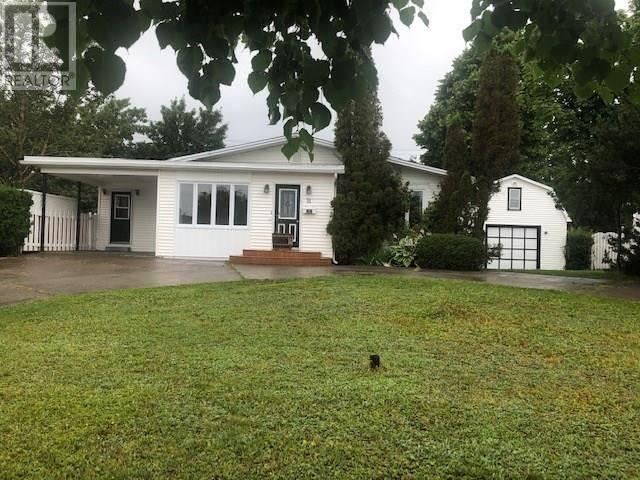 House for sale at 31 Sutherland Dr Grand Falls-windsor Newfoundland - MLS: 1200359