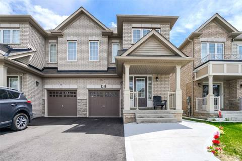 Townhouse for sale at 31 Yardley Cres Brampton Ontario - MLS: W4452265