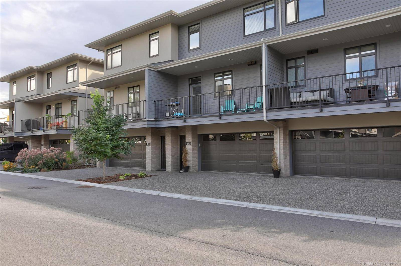 Townhouse for sale at 1102 Cameron Ave Unit 310 Kelowna British Columbia - MLS: 10191590