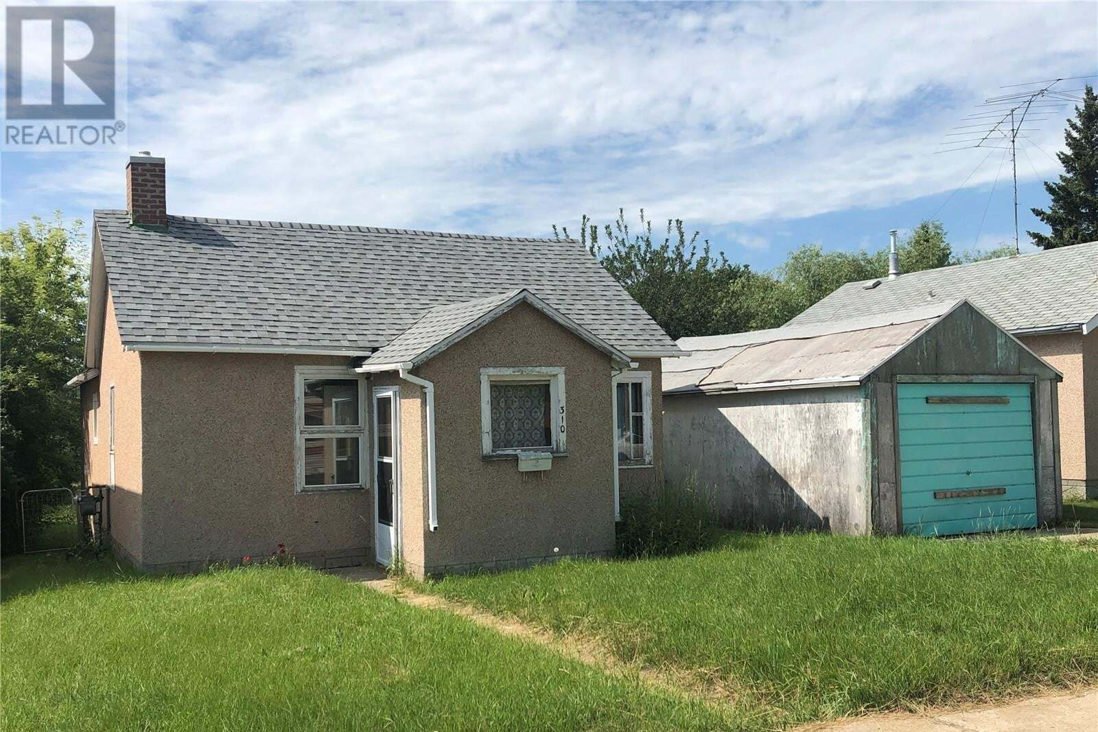 House for sale at 310 3rd Ave W Biggar Saskatchewan - MLS: SK819166