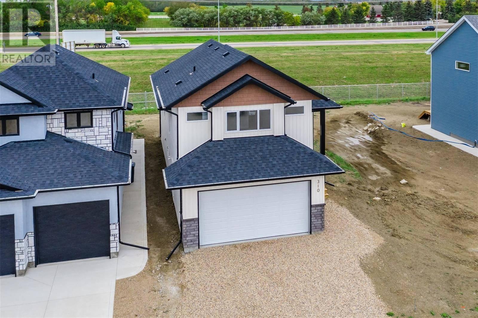 House for sale at 310 Burgess Cres Saskatoon Saskatchewan - MLS: SK783248