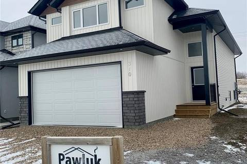 House for sale at 310 Burgess Cres Saskatoon Saskatchewan - MLS: SK794103