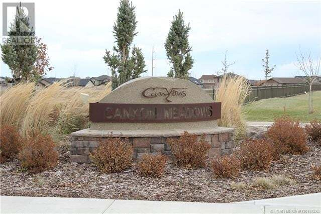 Home for sale at 310 Canyon Meadows Rte West Lethbridge Alberta - MLS: LD0188484