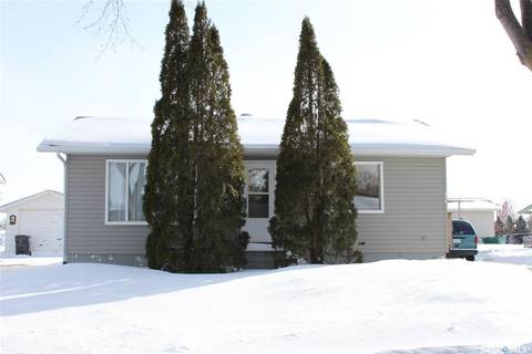 House for sale at 310 Centre Ave E Canora Saskatchewan - MLS: SK803093