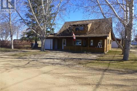 House for sale at 310 King St Elbow Saskatchewan - MLS: SK767951