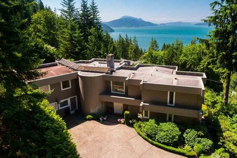 House for sale at 310 Oceanview Rd Lions Bay British Columbia - MLS: R2344989