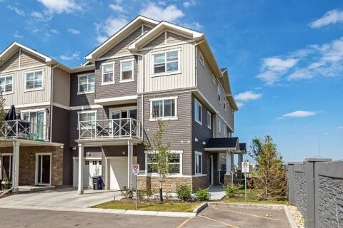 Townhouse for sale at 310 Skyview Ranch Gr NE Calgary Alberta - MLS: A1014738