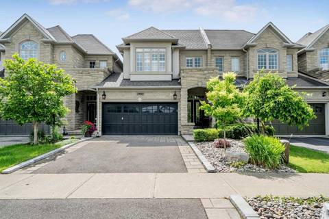 Townhouse for sale at 3100 Cardross Ct Oakville Ontario - MLS: W4697378