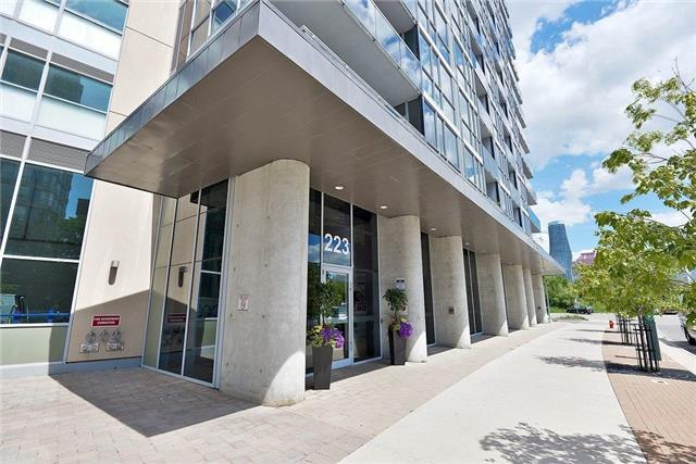 Sold: 3101 - 223 Webb Drive, Mississauga, ON