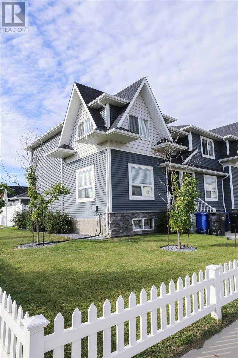 Townhouse for sale at 3115 Mcclocklin Rd Unit 3101 Saskatoon Saskatchewan - MLS: SK785905