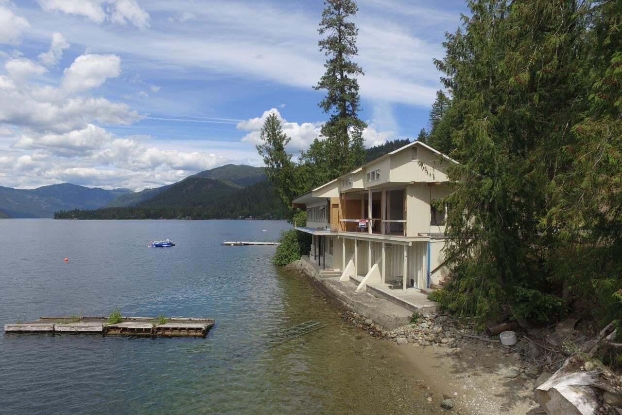 3101 East Lake Drive , Christina Lake | Image 2