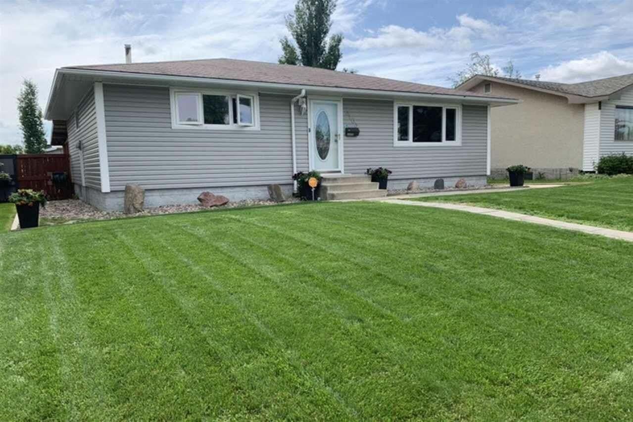 House for sale at 3103 111 Av NW Edmonton Alberta - MLS: E4206133