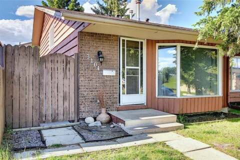 Townhouse for sale at 3104 109 Ave SW Calgary Alberta - MLS: C4300316