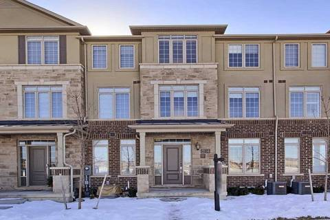 Townhouse for sale at 3104 Postridge Dr Oakville Ontario - MLS: W4698788