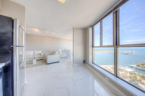 Apartment for rent at 270 Queens Quay Unit 3105 Toronto Ontario - MLS: C4997838