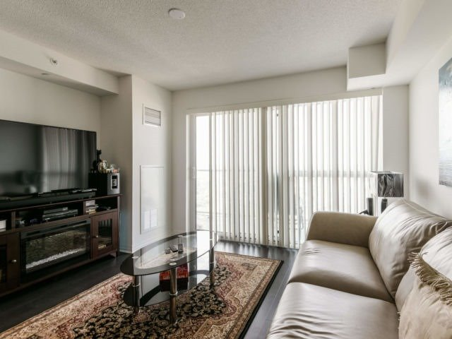 For Sale: 3106 - 275 Yorkland Road, Toronto, ON | 1 Bed, 1 Bath Condo for $468,000. See 20 photos!