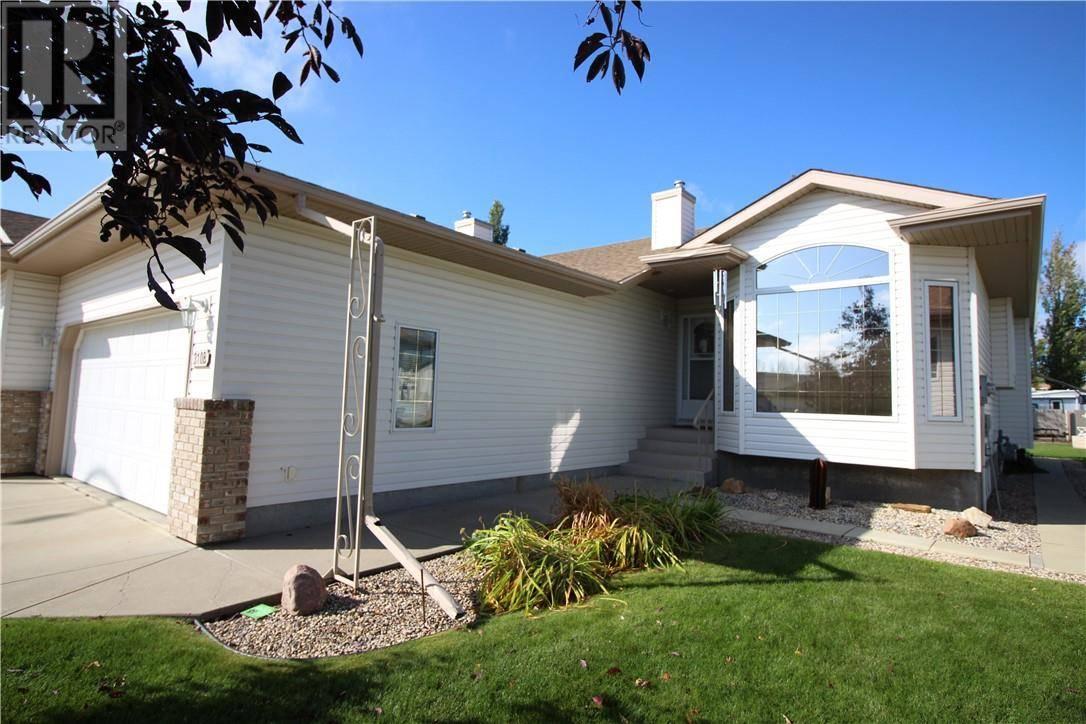 Townhouse for sale at 310 Edgewood Cs Camrose Alberta - MLS: ca0180384