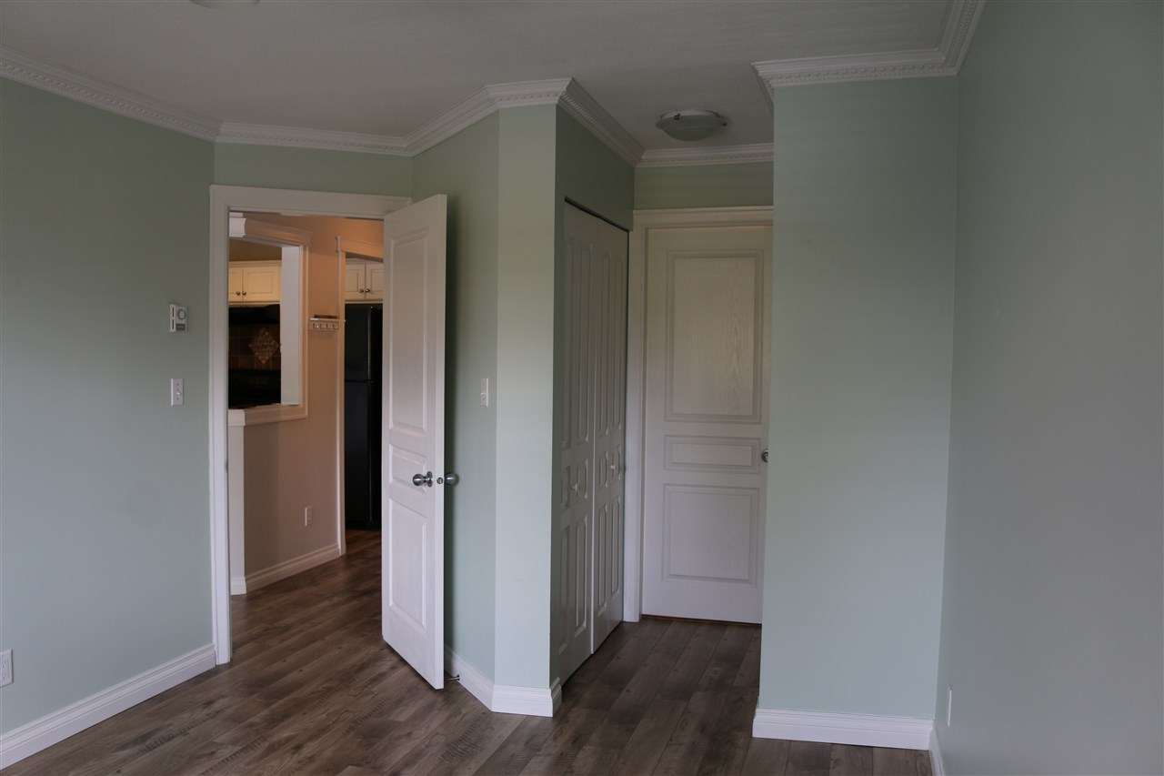 For Sale: 311 - 33480 George Ferguson Way, Abbotsford, BC   2 Bed, 2 Bath Condo for $343,900. See 17 photos!