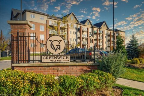 Residential property for sale at 5 Greenwich Street . Unit 311 Barrie Ontario - MLS: 40038631