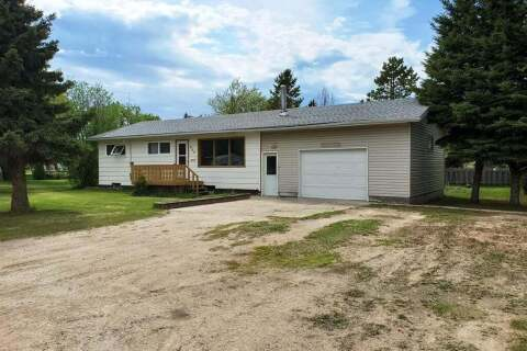 House for sale at 311 5th Ave Loon Lake Saskatchewan - MLS: SK811341