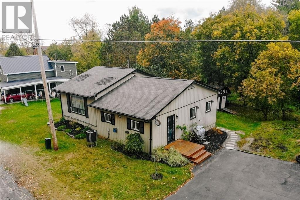 House for sale at 311 Highland St Haliburton Ontario - MLS: 40029682