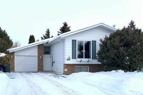 House for sale at 3110 Hogeweide Dr Prince Albert Saskatchewan - MLS: SK799243