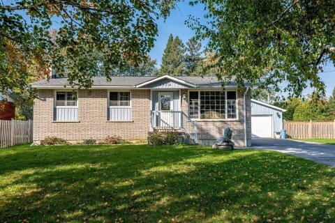 House for sale at 3114 Poplar Rd Innisfil Ontario - MLS: N4933331