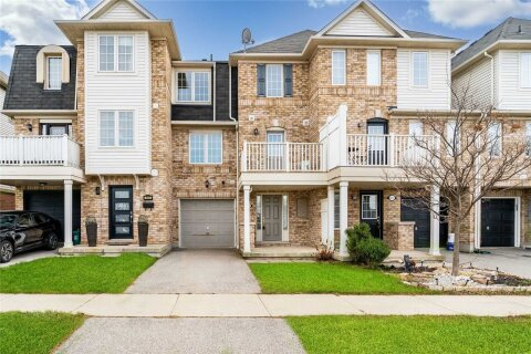 Townhouse for rent at 3115 Stornoway Circ Oakville Ontario - MLS: W4995384