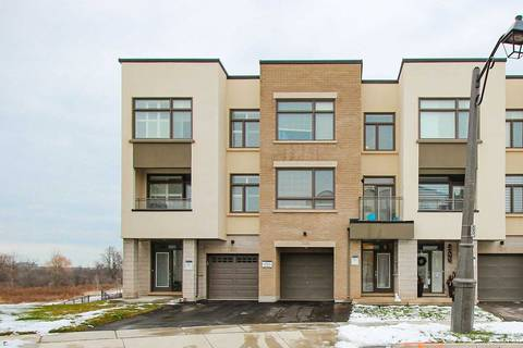 Townhouse for sale at 3119 Mintwood Circ Oakville Ontario - MLS: W4648685