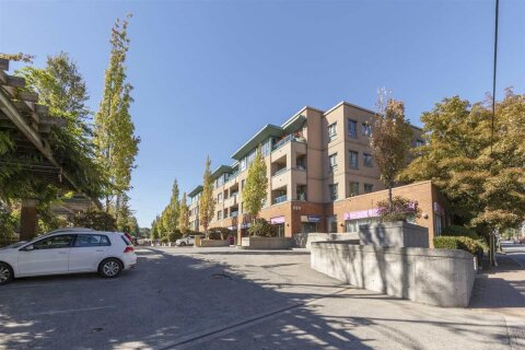 Condo for sale at 223 Mountain Hy Unit 312 North Vancouver British Columbia - MLS: R2497638