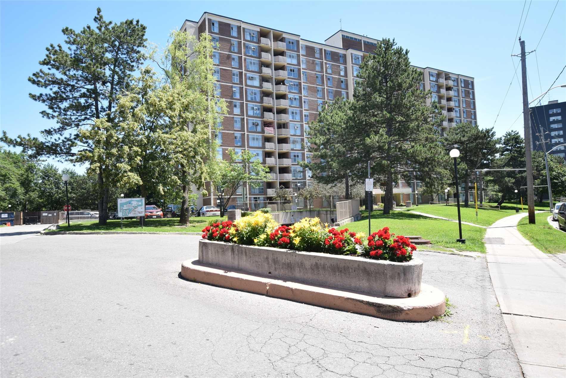 Buliding: 335 Driftwood Avenue, Toronto, ON