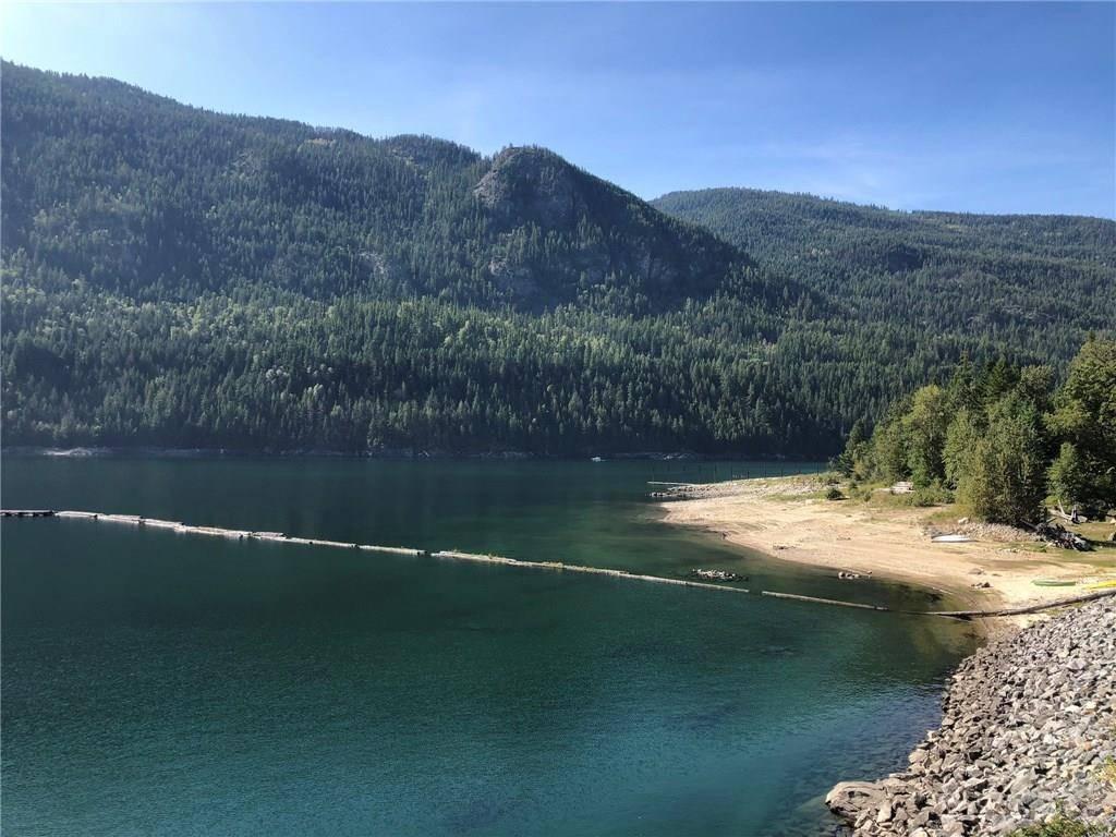 Condo for sale at 5570 Broadwater Road  Unit 312 Syringa/lower Arrow Lake British Columbia - MLS: 2417568