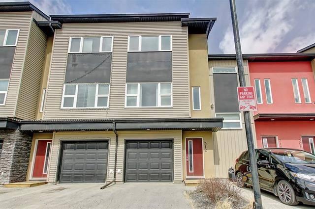 Townhouse for sale at 312 Covecreek Circ Northeast Calgary Alberta - MLS: C4224559