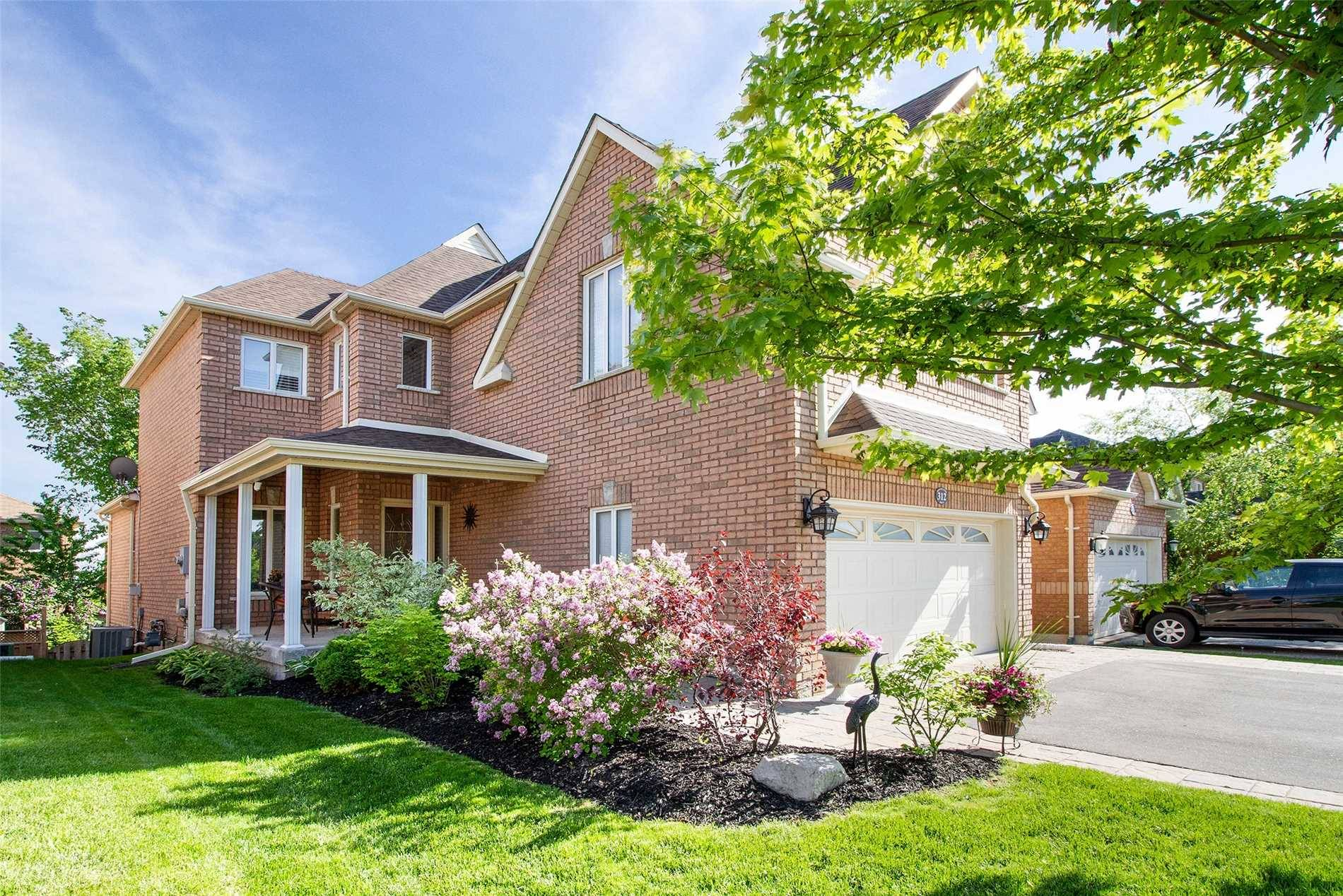 House for sale at 312 Hoover Park Dr Whitchurch-stouffville Ontario - MLS: N4448817