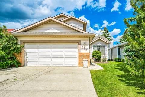 House for sale at 312 Sandarac Dr Northwest Calgary Alberta - MLS: C4256460