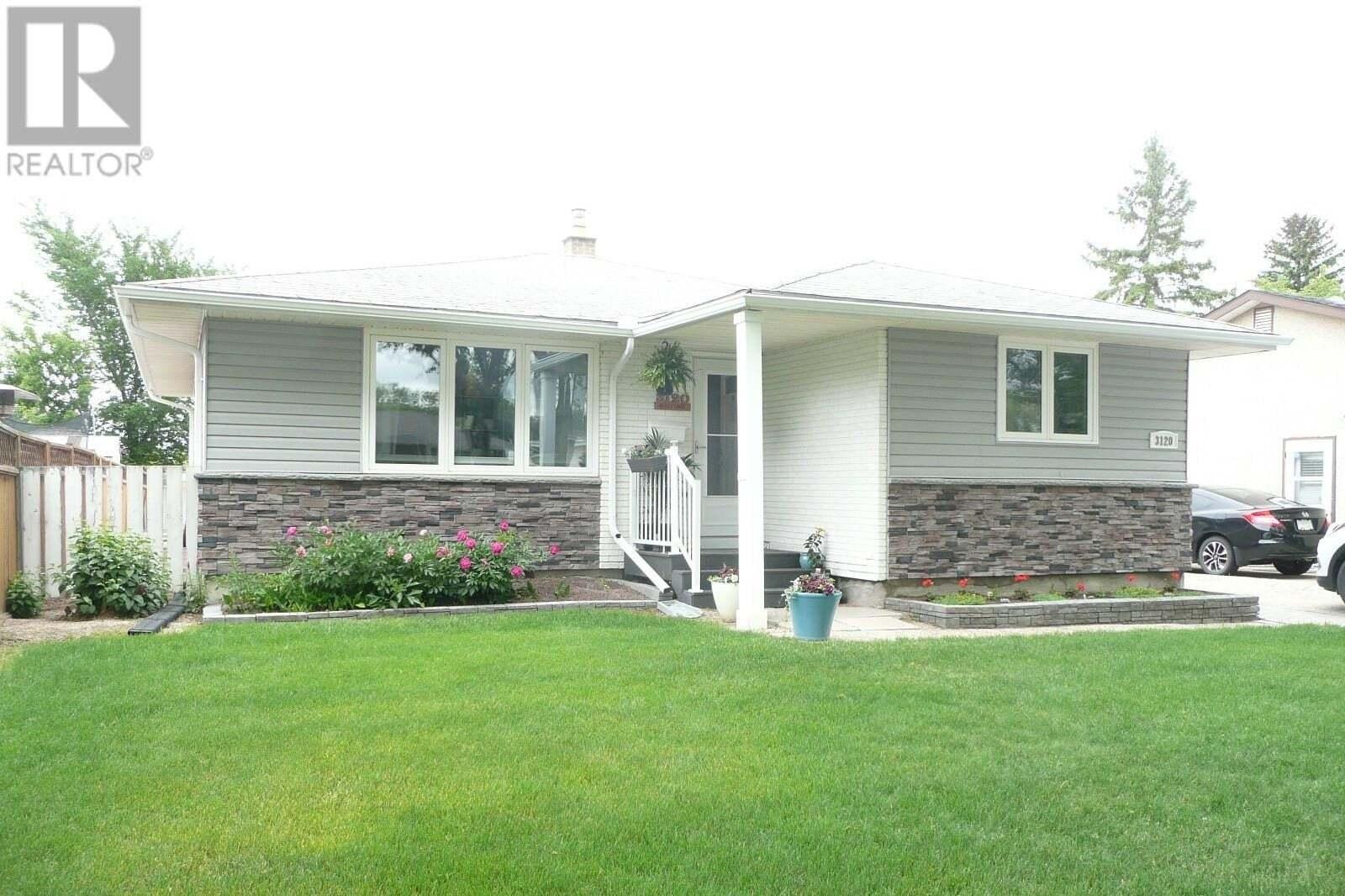 House for sale at 3120 6th Ave N Regina Saskatchewan - MLS: SK815127
