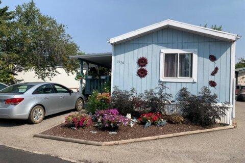 Property for rent at 3120 Burroughs Manr NE Calgary Alberta - MLS: A1033377
