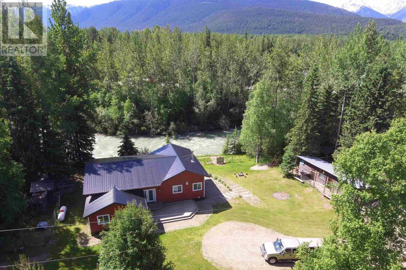 House for sale at 3121 Dorman Rd Mcbride British Columbia - MLS: R2479882