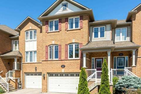 Townhouse for sale at 3123 Highbourne Cres Oakville Ontario - MLS: W4799487