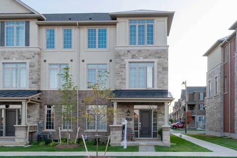 Townhouse for sale at 3126 Postridge Dr Oakville Ontario - MLS: W4591722